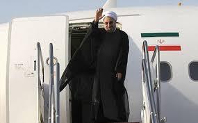 هواپیمای حامل رئیس جمهور در فرودگاه شهید مدنی به زمین نشست