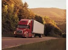 اخذ مالیات سنگین صنعت حمل و نقل را زمینگیر کرده است