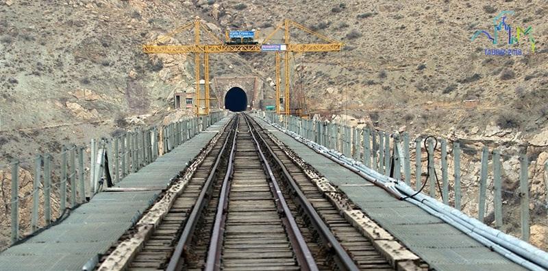ظرفیت سازی جابجایی ریلی ۱۶۰ هزار مسافر در آذربایجان شرقی