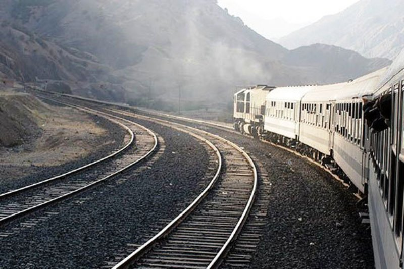 ۳۲۵ میلیارد تومان به راه آهن میانه- تبریز اختصاص یافت