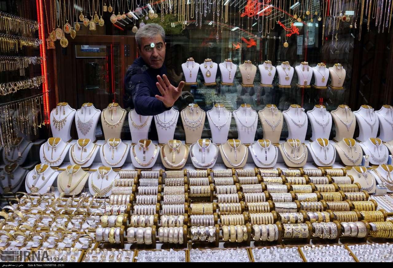 پیش بینی قیمت طلا و ارز در سال ۹۸