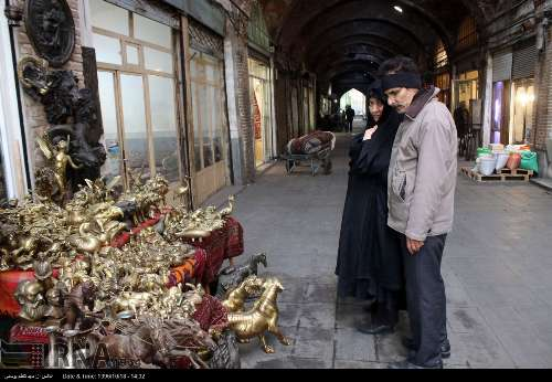 مجسمه های برنزی در بازار رنگرزان تبریز